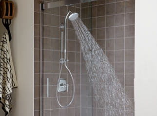 HydroRail™ Shower Columns